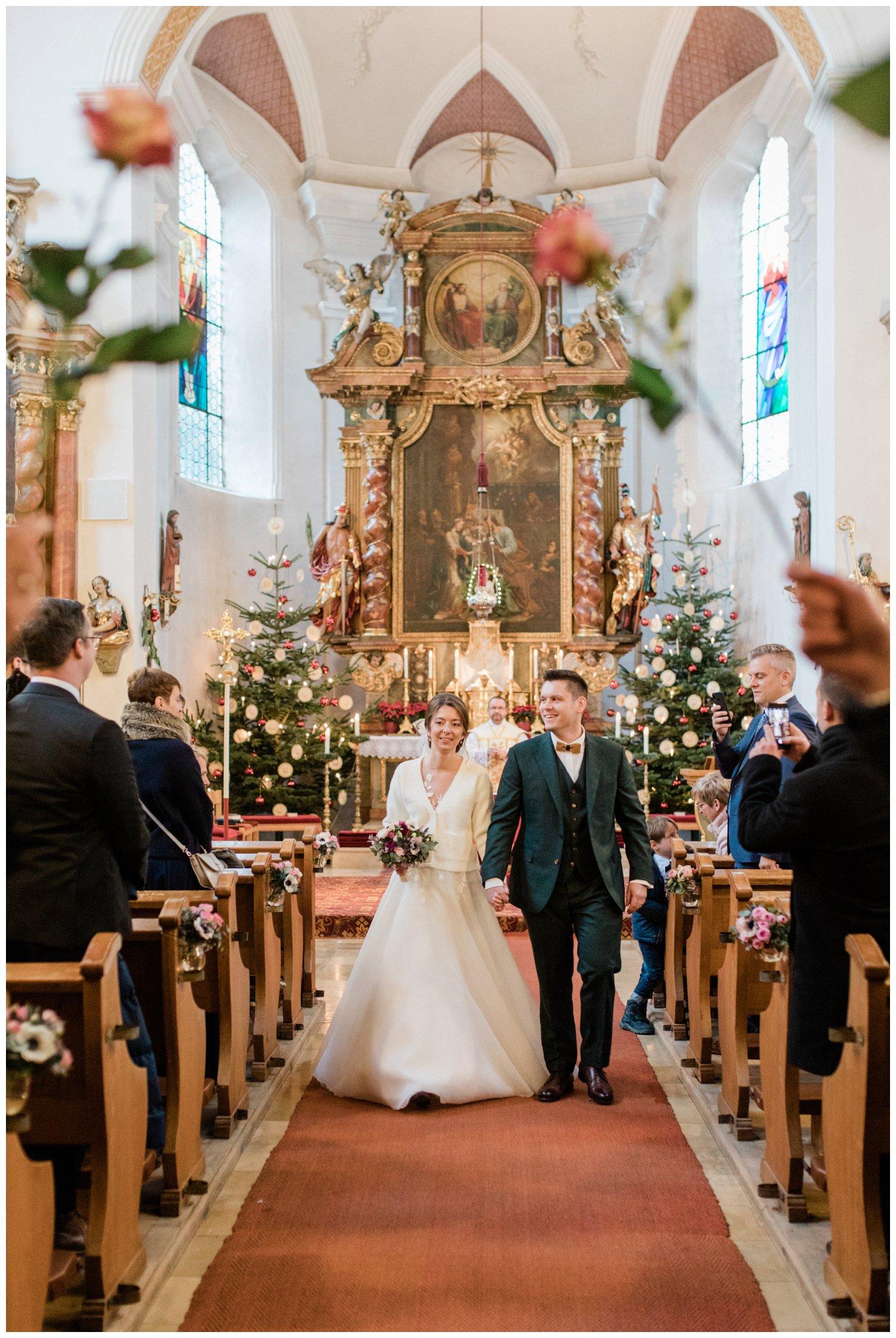 Kirchlicher Auszug Brautpaar Hessen
